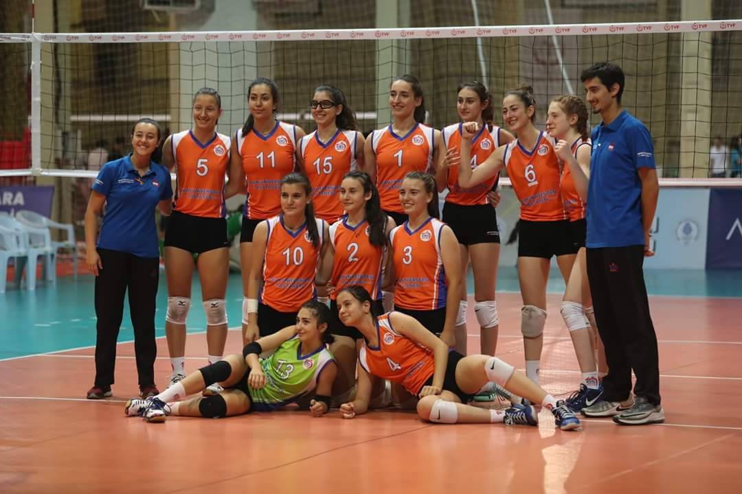 Yıldız Kızlarımız Türkiye Şampiyonasını 15. Bitirdi